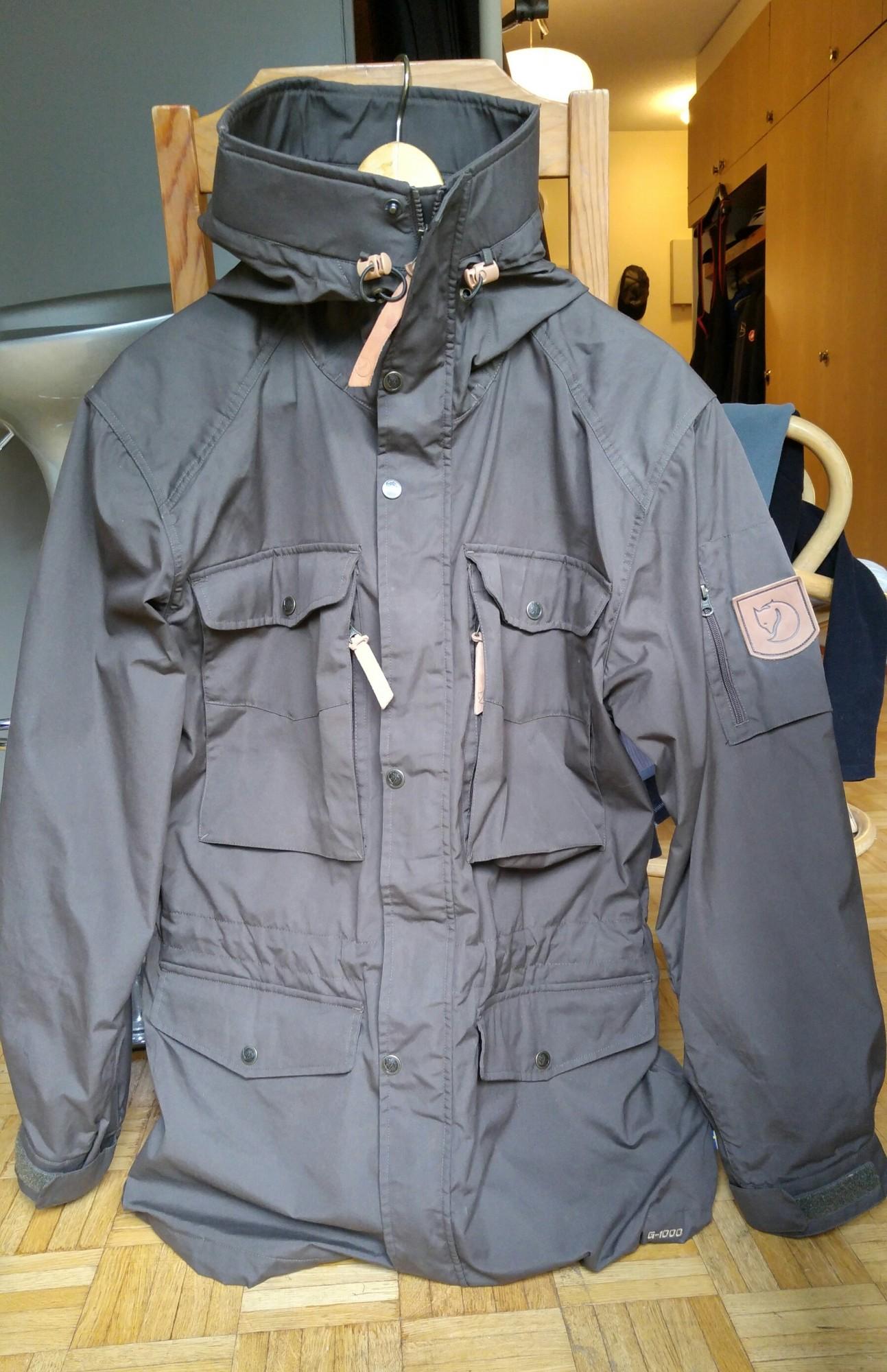 Myydään Takki Fjällräven Singi Trekking Jacket  993f06b83ebdf