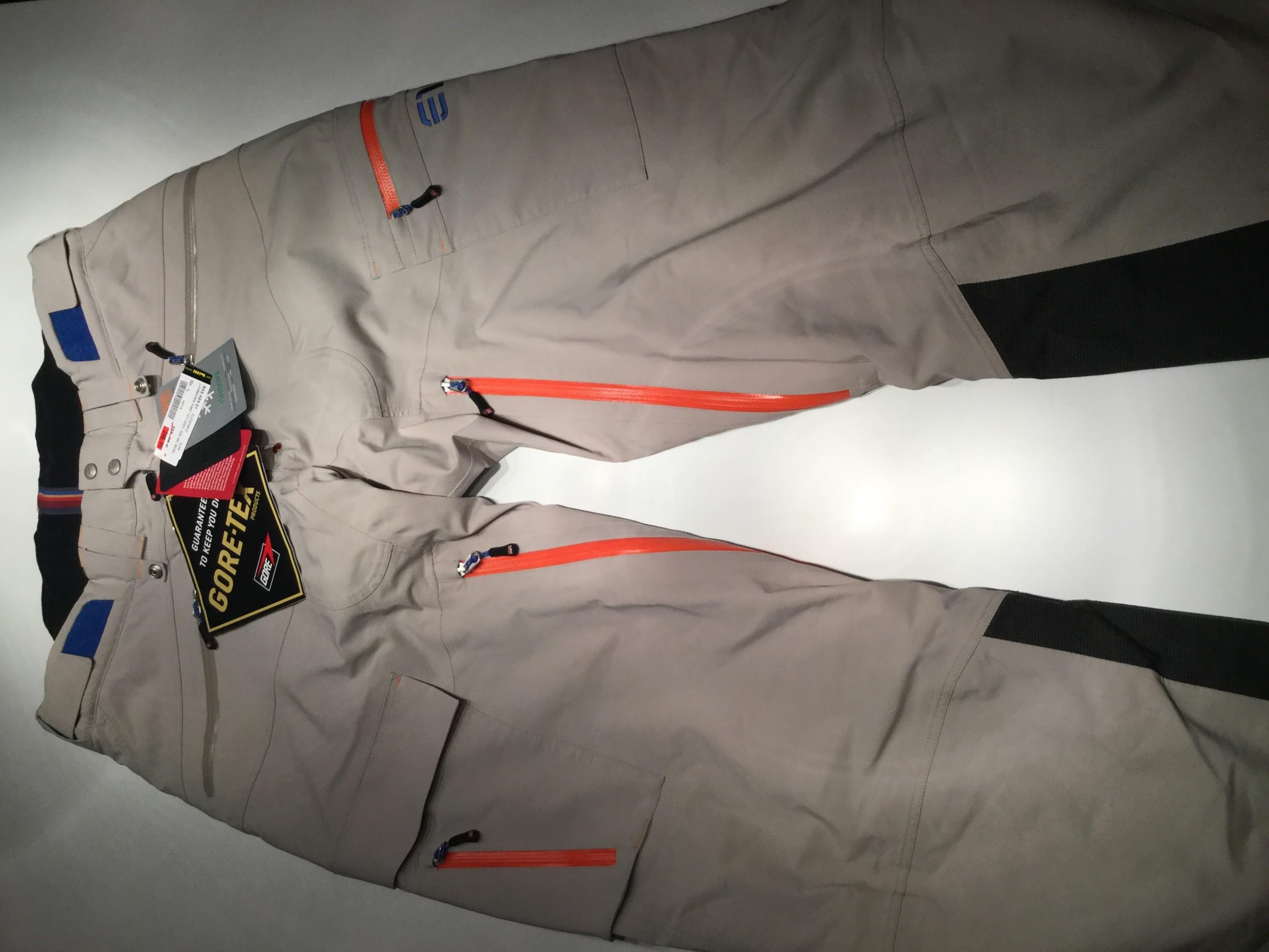 Myydään 2-kerros Gore-Tex -housut Elevenate Lavancher (Miesten  käyttämättömät) 7e19564f60