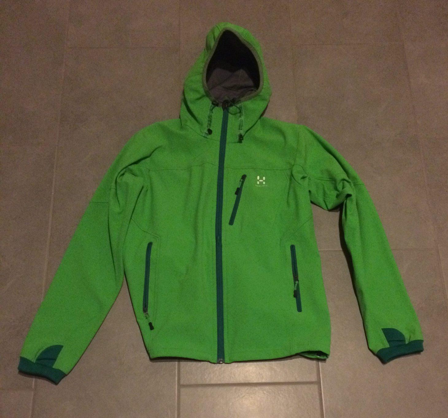 Myydään Softshell takki (naisten) Haglöfs Boiga Q hood (Flexable ... 3a6cb5191b