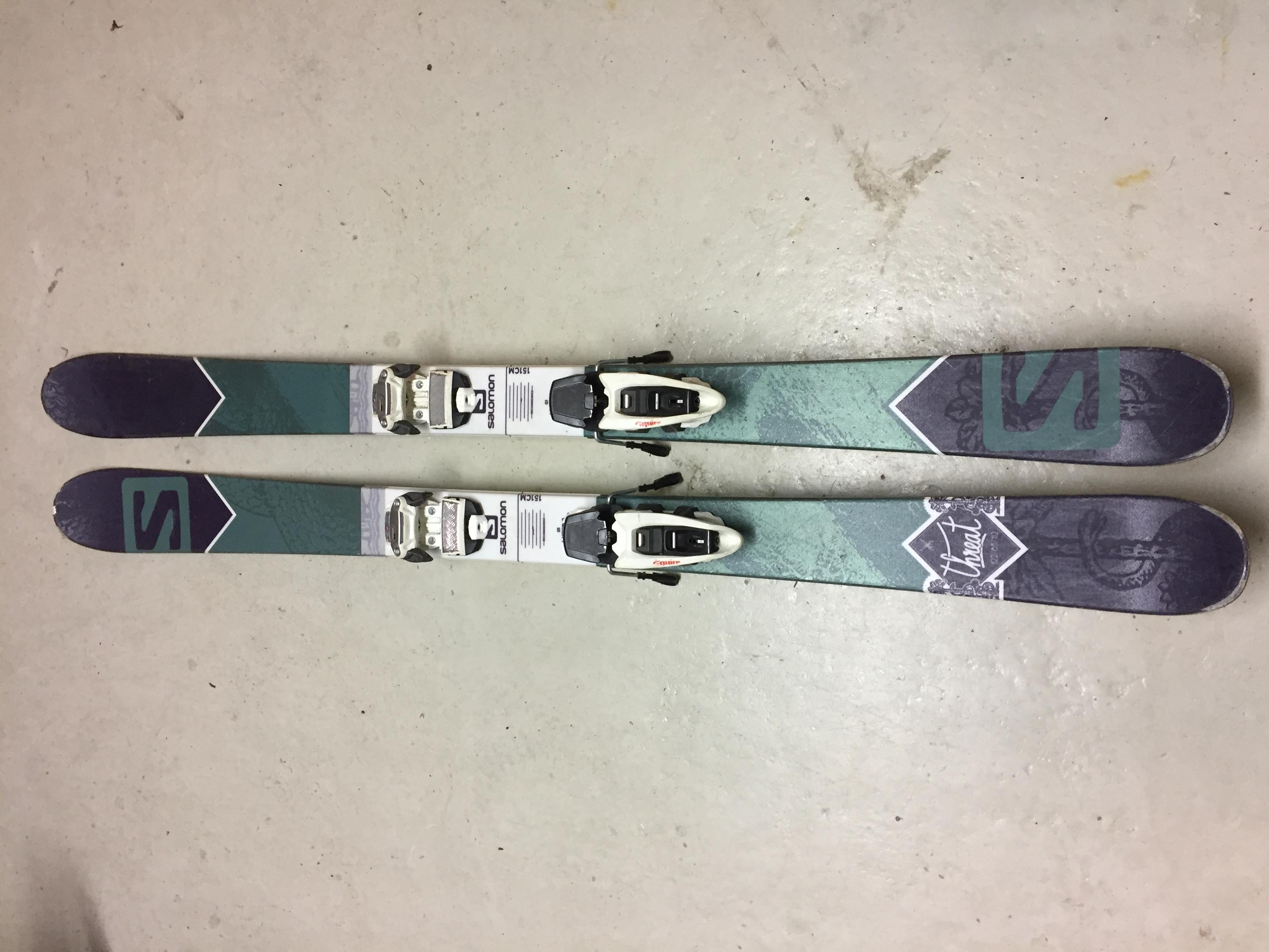 Myydään Nuorten twintip sukset Salomon Threat 151 (ml siteet ... 7d9aaebc64